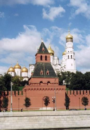 Московский Кремль Тайницкая башня